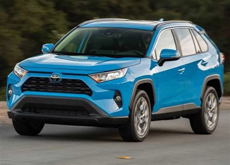 Sport utility vehicles (suvs) have existed since the last 1940s, though they didn't gain the popular name until the 1980s. A new platform and reliable engines for Toyota's Rav4 mid ...