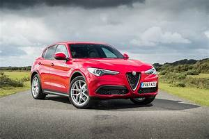 Alfa Romeo Stelvio Versions : the alfa romeo stelvio press fiat group automobiles press ~ Medecine-chirurgie-esthetiques.com Avis de Voitures