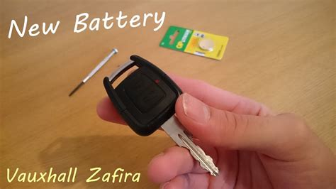 Replacing Vauxhall Zafira Car Key Battery
