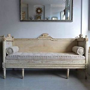 18th century swedish gustavian sofa bed 18th century for Swedish sofa bed
