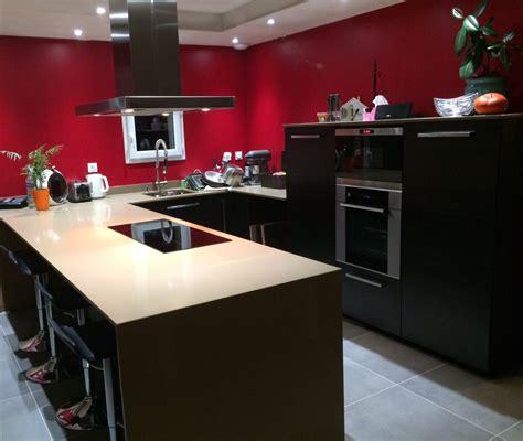 cuisine quartz cuisine moderne en quartz beige cédric farrusseng marbrier décorateur et tailleur de pierres