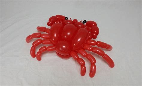 balloon animals   large scale sculptures  creatures
