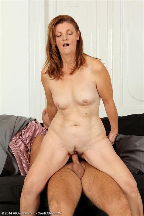 Linda L Set10