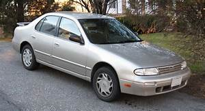 1995 Nissan Altima - Information And Photos