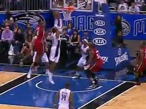 Gallery For > Lebron James Dunking On Dwight Howard