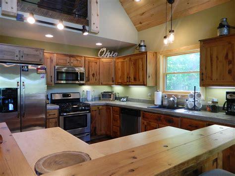 amish kitchen cabinets fascinating amish cabinet makers pennsylvania pics design