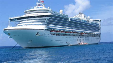 Cruise ship pic