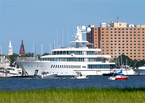 Sears Auto South Portland Maine by Yacht Owned By Sears Ceo Eddie Lert Not Cuban
