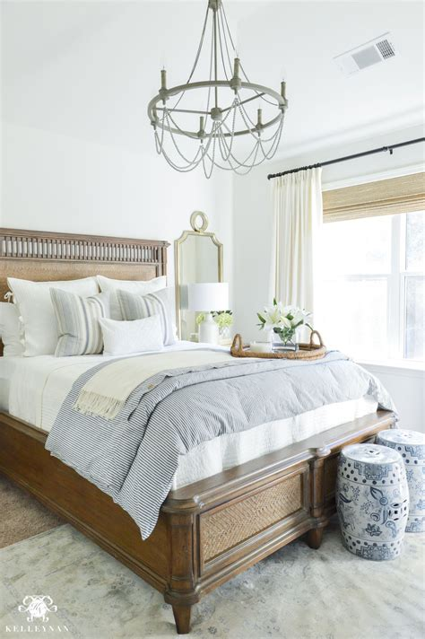 Guest Bedroom Bedding by One Room Challenge Blue And White Guest Bedroom Reveal