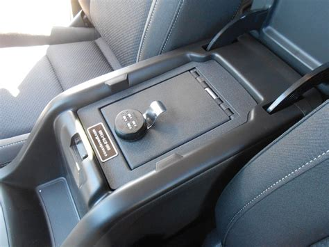 chevrolet colorado   console vault