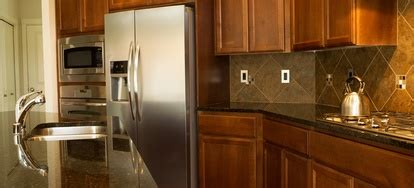 clean grease   kitchen cabinets doityourselfcom
