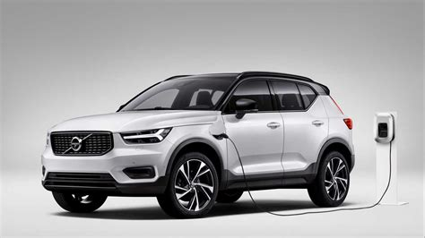 The volvo xc40 is a compact luxury crossover suv manufactured by volvo cars. Volvo XC40 T4 Twin Engine 2020: un SUV híbrido enchufable