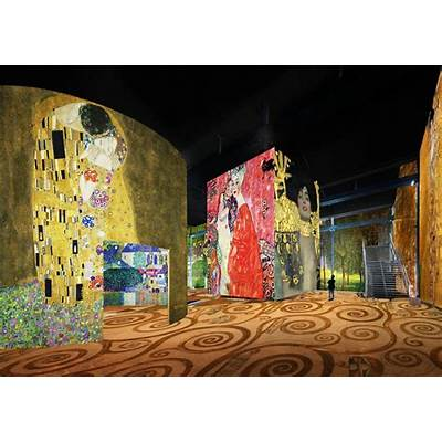 Immersive Experience Uses Digital Projections to Showcase