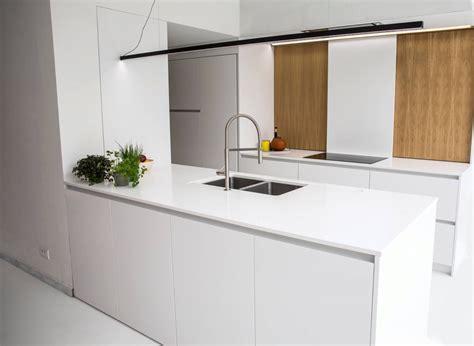 Ikea Keukenblad Frezen by Witte Keuken Met Grijs Werkblad Atumre