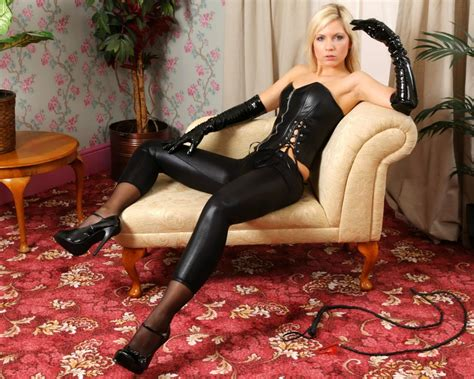 Having seen that, jenni asked us to come over and record her res. Download photo 1280x1024, jenni gregg, blonde, latex, whip, stilettos, corset, jenni czech ...