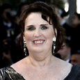 Phyllis Smith bio, age, family, The Office, The OA, Inside ...