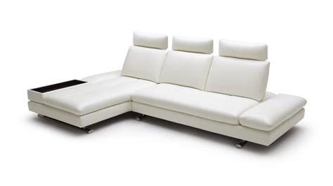 canapé angle méridienne canape d 39 angle en cuir contemporain minho mobilier moss