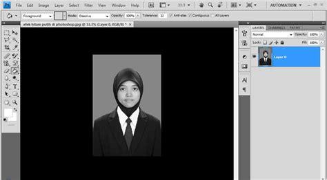membuat foto hitam putih  photoshop