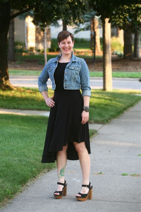 Cropped denim jacket Archives - Already Pretty | Where style meets body image