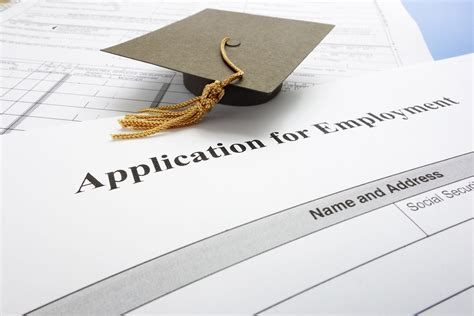 Fresh Graduates Employment by Hiring Recent College Graduates Tips For Employers
