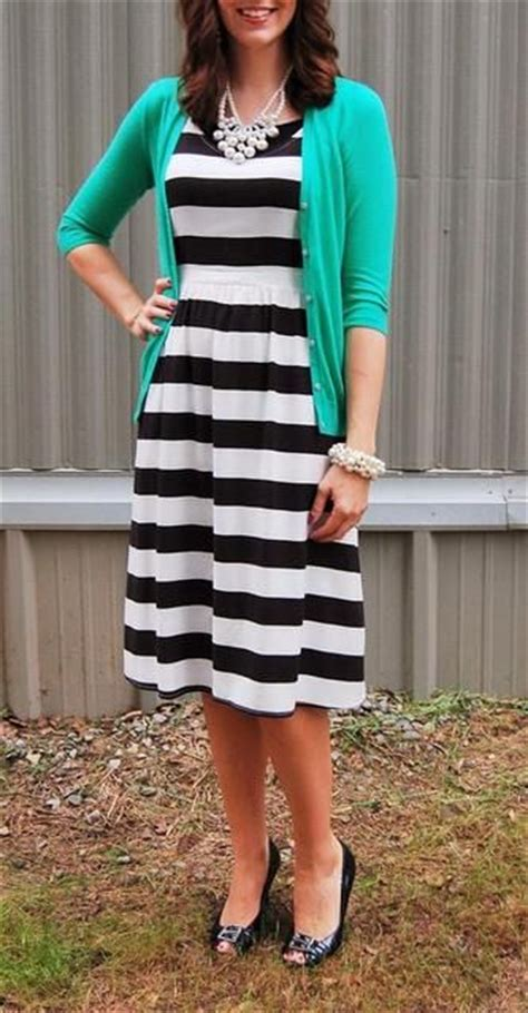 Best 25+ Cute modest outfits ideas on Pinterest   Brown flats outfit Church outfit fall and ...