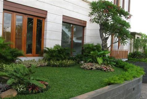 model taman minimalis samping rumah landscaping