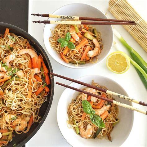 pate chinoise aux crevettes 1000 id 233 es sur le th 232 me recettes de salade de p 226 tes sur recettes de salades