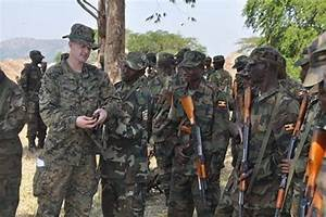 U.S. Marine Corps Forces train soldiers Ugandan army ...