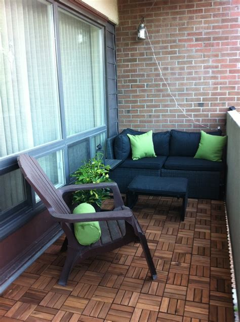 apartment flooring ideas 28 best deck tile grass turf flooring ideas for apartment balcony images on pinterest