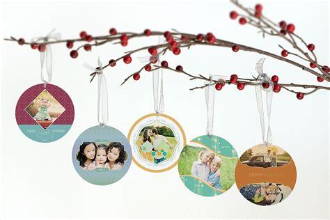 circle christmas card ornaments aimee mcauley photography
