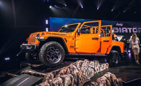 jeep gladiator reviews jeep gladiator price   specs car  driver