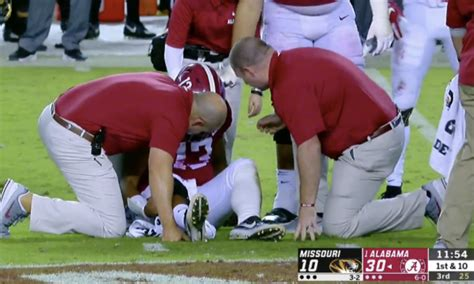 video shows play   qb tua tagovailoa  injured