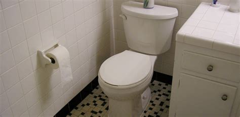 How to Remove and Replace a Toilet   Today's Homeowner