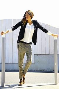 Style Chic Femme : vetement femme sport chic pantalon fluide bleu fonce femme mode tendances de la mode nos idees vetem ~ Melissatoandfro.com Idées de Décoration