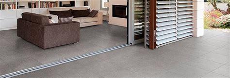 carrelage ou beton cire carrelage en naturelle ou en b 233 ton cir 233 artisans reno 224 toulouse