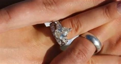nick lachey and wedding ring 2532206 coolspotters