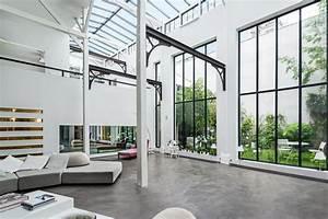 Sejour Style Industriel : une salle de s jour de style industriel industriel salon paris par fran ois guillemin ~ Teatrodelosmanantiales.com Idées de Décoration