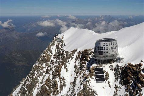 The Incredibly Futuristic Lodge At The Top Of Mont Blanc