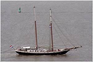 Doppelcarport 7 M Breit : der zweimastschoner amazone ist 42 m lang 6 7 m breit und hat eine segelfl che von 420 m ~ Whattoseeinmadrid.com Haus und Dekorationen