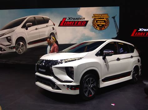 Mitsubishi Xpander Limited Picture by Mitsubishi Xpander Limited Dibanderol Rp 276 Jutaan