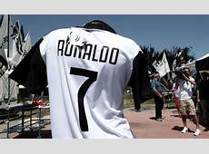 Cristiano Ronaldo to Juventus Real Madrid star phones