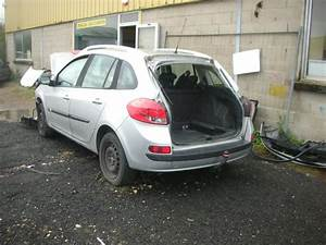 Vitre Retroviseur Clio 3 : leve vitre electrique avant gauche renault clio iii estate phase 1 diesel ~ Gottalentnigeria.com Avis de Voitures
