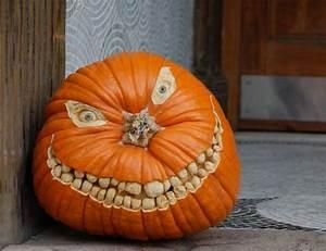 Bemalte Kürbisse Vorlage : halloween k rbis schnitzen k rbis schnitzen pinterest halloween k rbis schnitzen ~ Markanthonyermac.com Haus und Dekorationen