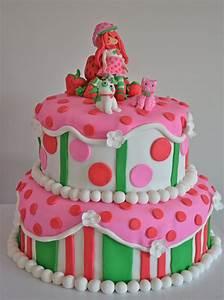 Emily's Custom Bakeshop: Kallie's Strawberry Shortcake Cake