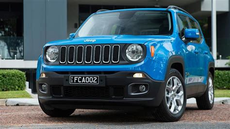 Jeep Renegade Reviews 2015 by Jeep Renegade 2015 Review Carsguide