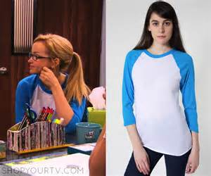 Liv and Maddie Rooney Outfits