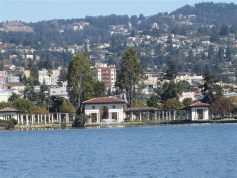 Paddle Boats Lake Merritt by Lake Merritt Oakland All You Need To Before You