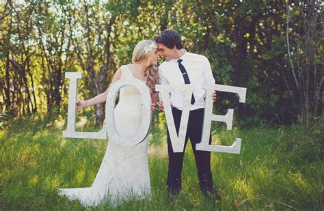 whimsical garden party wedding  winnipeg weddingbells
