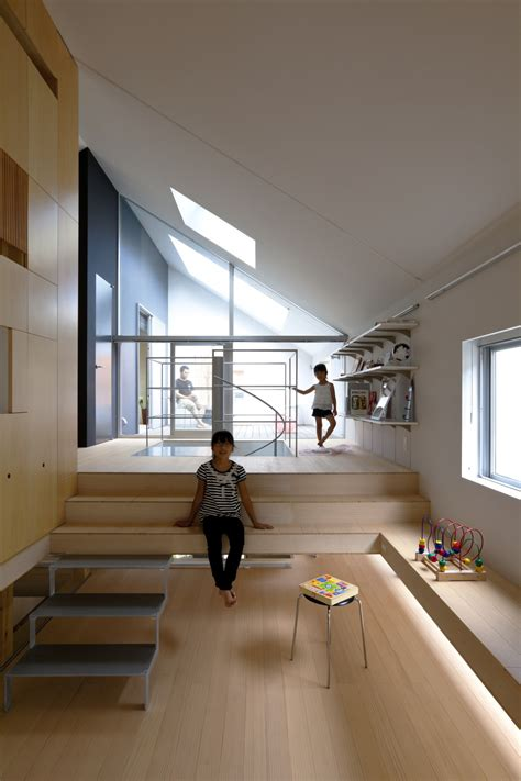 ribbon komada architects office archdaily