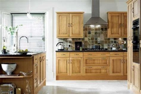 paint color ideas for kitchen with oak cabinets best color floor with oak cabinets home design and decor